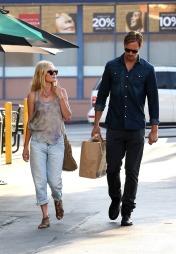 PAR: Kate Bosworth og Alexander Skarsgård var et hett par. (Foto:   310pix.com, ©TS)