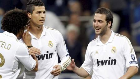Cristiano Ronaldo og Gonzalo Higuain (Foto: SUSANA VERA/Reuters)