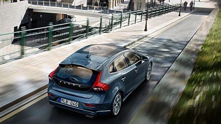 Bakfra er den lik, men allikevel ulik andre Volvoer.