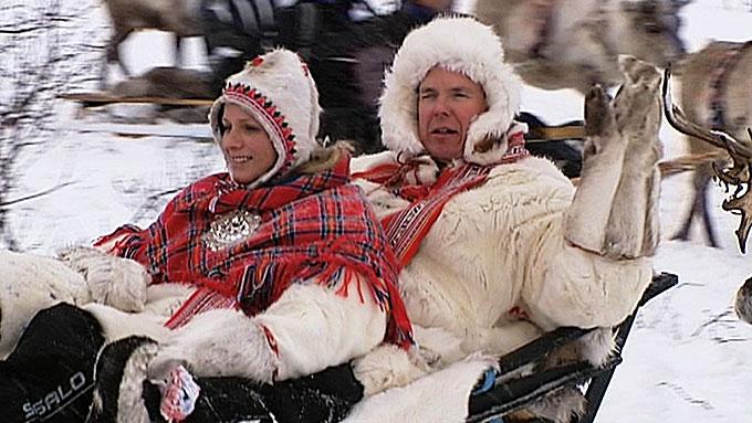 NATT I LAVVO: Fyrst Albert og fyrstinne Charlene har hatt en begivenhetsrik tur til Kautokeino i Finnmark. (Foto: Anders Mildestveit/TV 2)