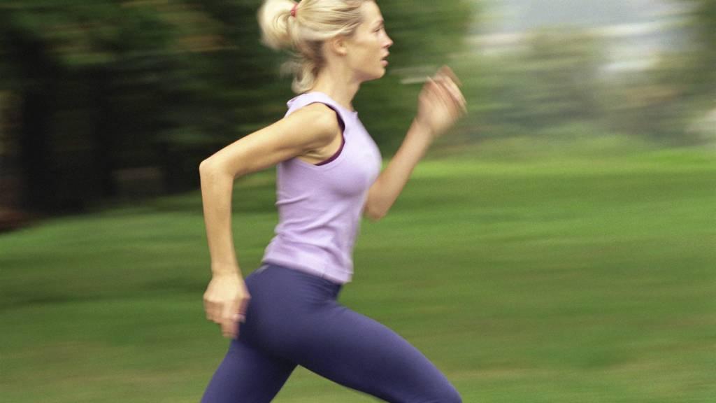EFFEKTIV TRENING: Kortintervall gjør at du får mer ut av treningen fordi du ligger høyere i puls, bygger ikke så mye melkesyre - og øktene tar kortere tid. (Foto: Téo Lannié/AltoPress / Maxppp)