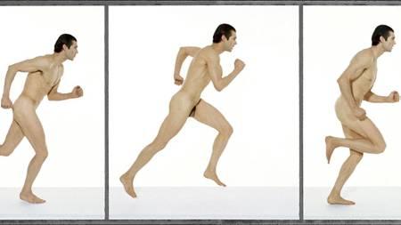 POPULÆRT: Sesongen for nakenløping er i gang. Nedenfor finner   du en fyldig liste over konkurranser verden rundt der du kan løpe uten   en tråd. (Foto: Illustrasjon/Colourbox)