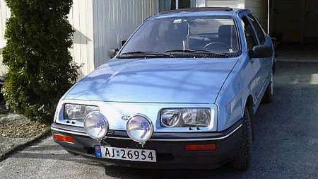 Diverse Cosworth-detaljer hører med blant de planlagte modifikasjonene på Jørgens Sierra. Det vil forandre utseendet ganske mye. Foto: Privat