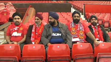 Disse sikhene har vært fast inventar ved innbytterbenkene på Old Trafford i 20 år. (Foto: TV 2)