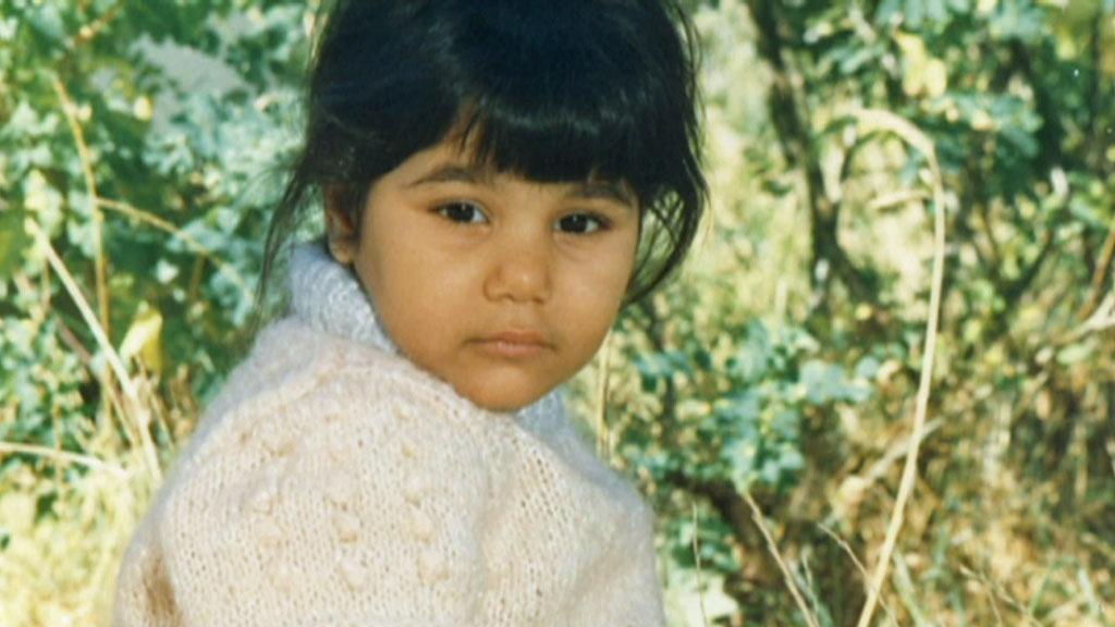 TRIST BARNDOM: Michelle Angelica Johansen opplevde vold og overgrep i barndommen. Hun er fremdeles under barnevernets omsorg, men lever nå i frykt for å miste botilbudet ved Lovisenberg Diakonale sykehus.  (Foto: Privat)