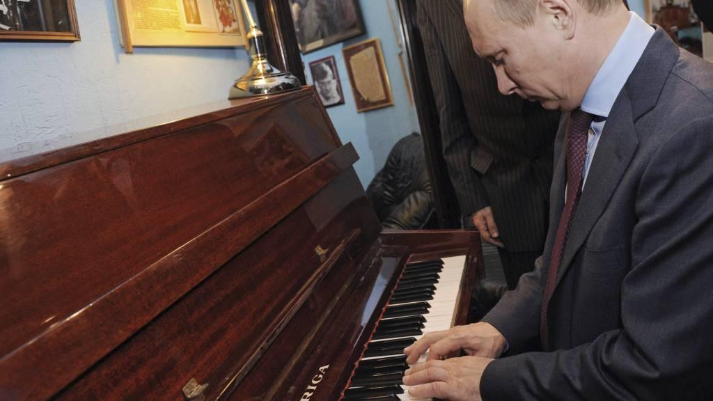 KLONKER I VEI: Vladimir Putin. (Foto: Yana Lapikova/Ap)