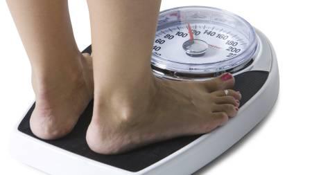 TYNGRE: I snitt gikk forbrenningen ned med 120 kalorier dagen da testpersonene i studien fikk lite søvn. (Foto: Illustrasjonsbilde / Colourbox/)
