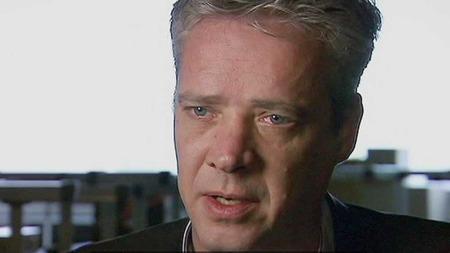 MANNEN BAK DØDSVIRUSET: Dr. Ron Fouchier, en av forskerne bak   viruset, ønsker nå å publisere resultatene av forskningen sin. (Foto:   TV 2)