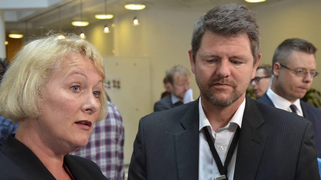 FØLGER RETTSSAKEN: Chtistin Bjelland og Trond Blattmann fra Den nasjonale støttegruppen etter 22. juli. (Foto: Jonas F. Christoffersen)