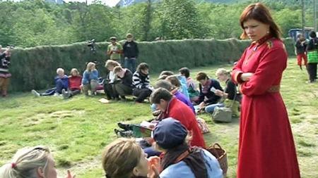 FLERKULTURELL: Lene Hansen var med på å starte urfolkfestivalen   Riddu Riddu. (Foto: Jørn Berger-Nyvoll/TV 2)