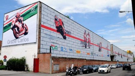 MOTORSYKKEL-IKON: Ducati er mest kjent for sine framganger innen roadracing og for sitt tøffe og annerledes design. (Foto: Scanpix)