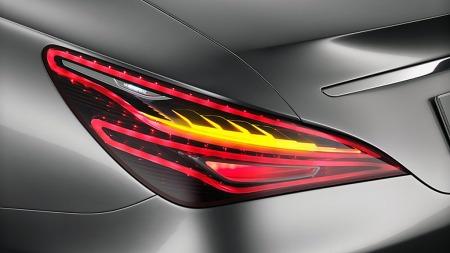 Detaljarbeidet er upåklagelig på konseptbilen, og det er å håpe at mest mulig av de djerve linjene overlever også til produksjonsmodellen.