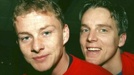 Ole Gunnar Solskjær(tv) og Jan Åge Fjørtoft spiller spisser under fotball landskampen mot Nord-Irland onsdag. (Foto: RUNE PETTER NESS/NTB scanpix)