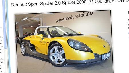 Denne bilen har tilbragt de siste årene i utstillingen hos Volvo-forhandleren i Molde. Nå kan den komme ut på veien igjen, hvis en sommerbil-spekulant med sans for det unike blar opp 249.000 kroner. Faksimile: Finn.no