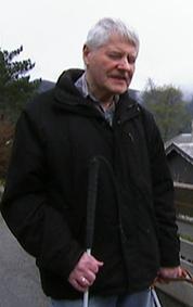 AVHENGIG AV FØRERHUND: Melchior Leirmo. (Foto: Geir Johnny Huneide, TV 2)