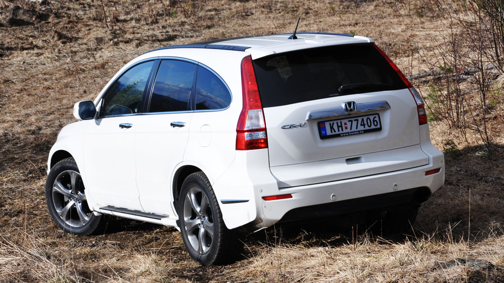 Honda CR-V fra 2007 og nyere er utsatt for rust på bakluka. NAF krever at importøren tar større ansvar for problemet. ILLUSTRASJONSFOTO