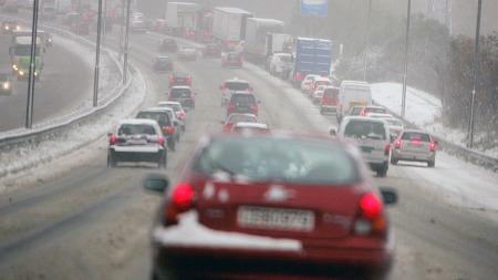 Føreforholdene kan forandre seg mange ganger i løpet av en kort biltur i Norge, og på sitt verste kan de være svært krevende. Men et fremtidig,