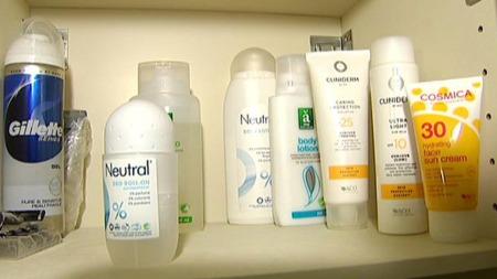 Hjemme hos Pia og samboeren er alle kroppspleieprodukter parfymefrie. (Foto: TV 2)
