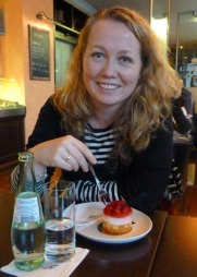 Beate Våje (37) kan endelig føle at hun står støtt igjen, etter flere år med konstant svimmelhet.  (Foto: Privat)