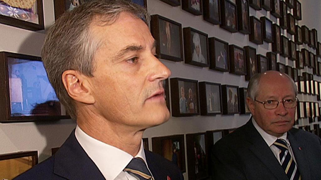 Utenriksminister Jonas Gahr Støre (Ap) sier han er fornøyd med høringen i Stortingets kontroll- og konstitusjonskomite.