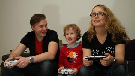Beate Våje var konstant svimmel og kvalm i fem år. I de årene ble det ikke så mye TV-spill med familien.  (Foto: Privat)