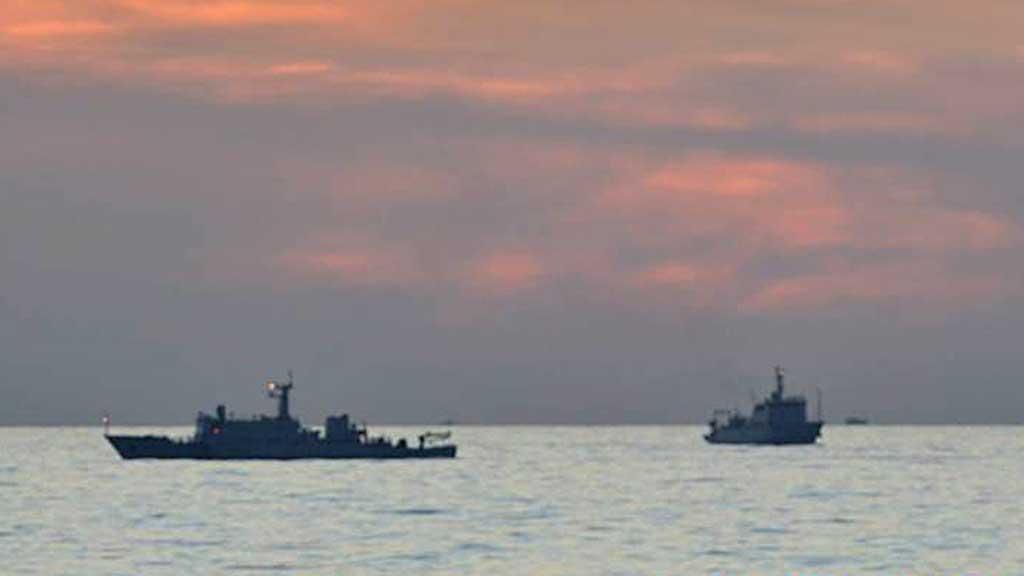 «OVERVAKINGSSKIP»: Desse skipa frå den kinesiske marinen sirkulerar i området rundt Panatagrevene. Dei blanda seg raskt inn når fillipinarane prøvde å stoppa kinesiske fiskarar dei hevdar fiskar ulovleg. (Foto: Scanpix)