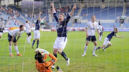 Patrik Ingelsten var tilbake på fotballbanen etter et skadefravær på 21 måneder. Spissen kunne juble hemningsløst etter Vidar Nisjas kunstscoring. (Foto: Kent Skibstad/NTB scanpix)