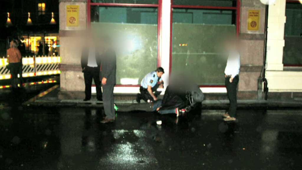 SNAKKER UT: Politibetjenten som i mai ble brutalt overfalt og  fikk knust hjerneskallen har latt seg intervjue om volden han ble utsatt  for. (Foto: Vidar Bakken/DittOslo)