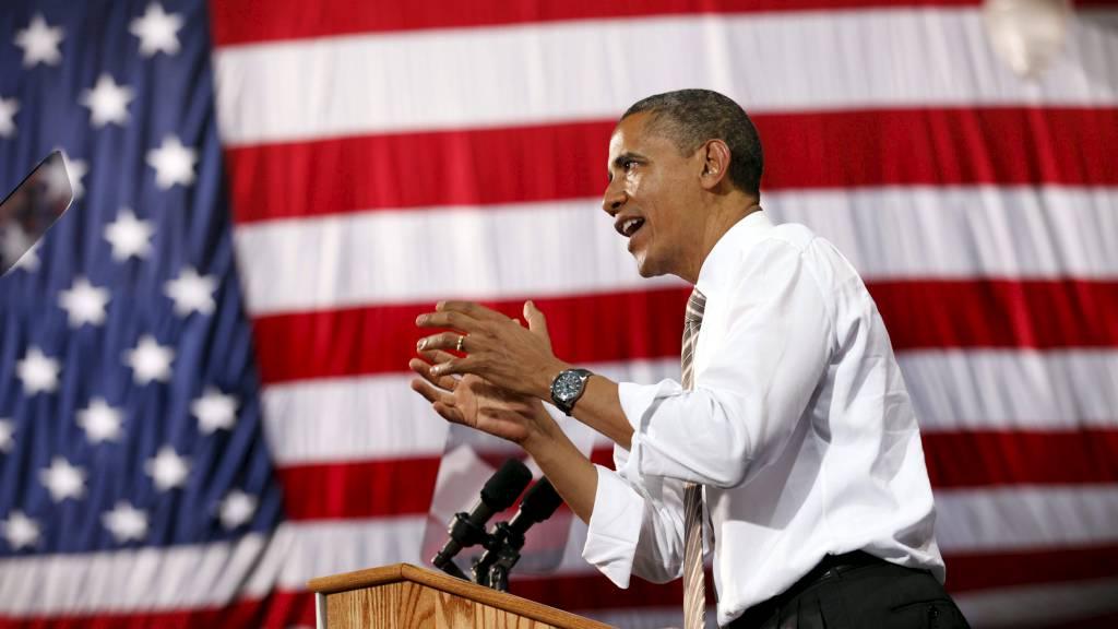 KNAPP LEDELSE: Bakgrunnstall viser at Obama har en solid ledelse blant svarte, jøder og de stadig flere latinamerikanerne, og ikke minst blant kvinner. (Foto: KEVIN LAMARQUE/Reuters)