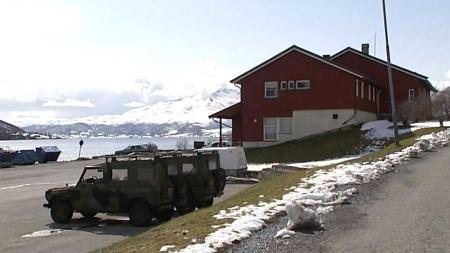 FLOTT: Det er flott utsikt frå tomta på nesten 1000 mål.  (Foto: TV 2)