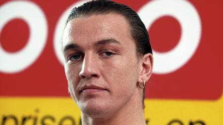 VIL HA CAREW: Bokselegenden Ole Klemetsen vil hente John Carew   til Viking. (Foto: Schønhaug, Bjørn Harry/NTB scanpix)