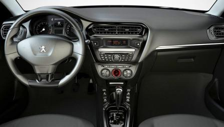 Peugeot 301 - interiøret.