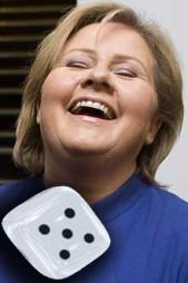 Erna   Solberg (H) får terningkast fem. (Foto: Scanpix)
