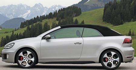 Golf har valgt stofftak på den nye GTI cabriolet.
