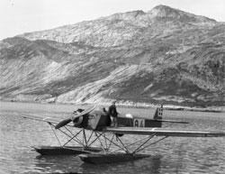 Bildene ble tatt fra dette Heinkel MKII sjøflyet. (Foto: rktisk   Institut i København)
