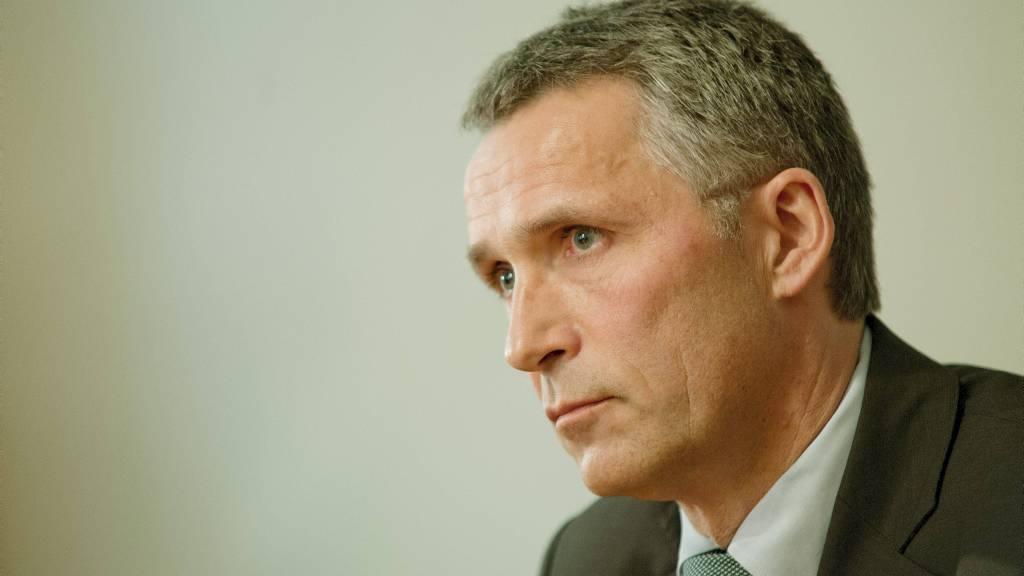 KRITISERT: Statsminister Jens Stoltenberg måtte tåle krass kritikk fra en partifelle på Facebook.  (Foto: Varfjell, Fredrik/NTB scanpix)