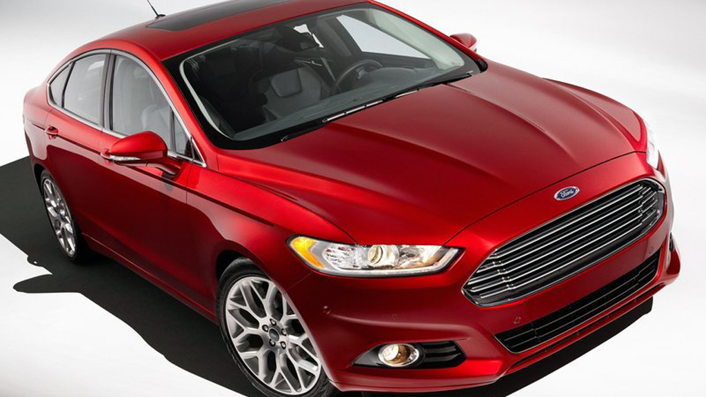 Nye Ford Mondeo og den amerikanske søstermodellen Fusion (på  bildet) er uhyre viktige biler for Ford. Blir den Norges mest solgte?  (Foto: Ford)