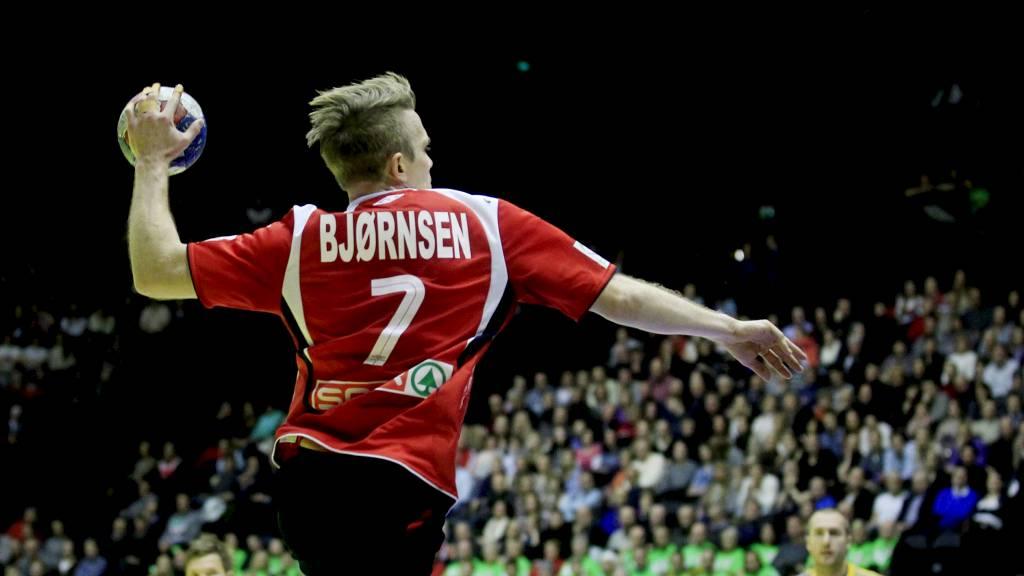 Lars Erik Bjørnsen under håndballkampen mot Sverige i Oslo Spektrum 4. januar 2011 (Foto: Lien, Kyrre/NTB scanpix)
