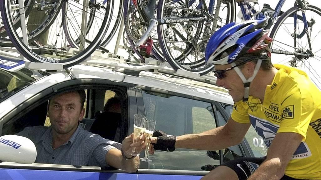 Johan Buyneel og Lance Armstrong (Foto: PETER DEJONG/Ap)