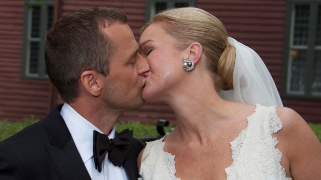 Daniel og Ulrikke klinte til etter bryllupet. (Foto: Håvard Nesbø/Ørjan Talle)