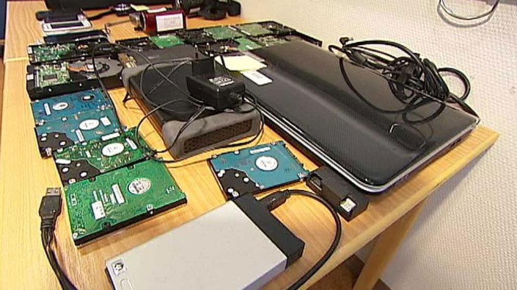 BESLAGLAGT: Politiet fant videomateriale på mannens datamaskin. (Foto: Olav T. Hustad Wold / TV 2 )