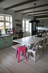 Dette kjøkkenet befinner seg på Lillestrøm, der eierne har tatt   over et gammelt landhandleri.