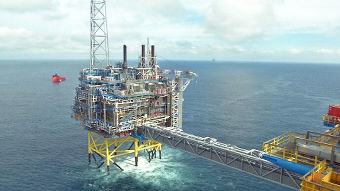 MER SVART GULL: Statoil håper på mer inntekter fra olje- og gassfeltet Gudrun.  (Foto: Kristian Myhre/TV 2)