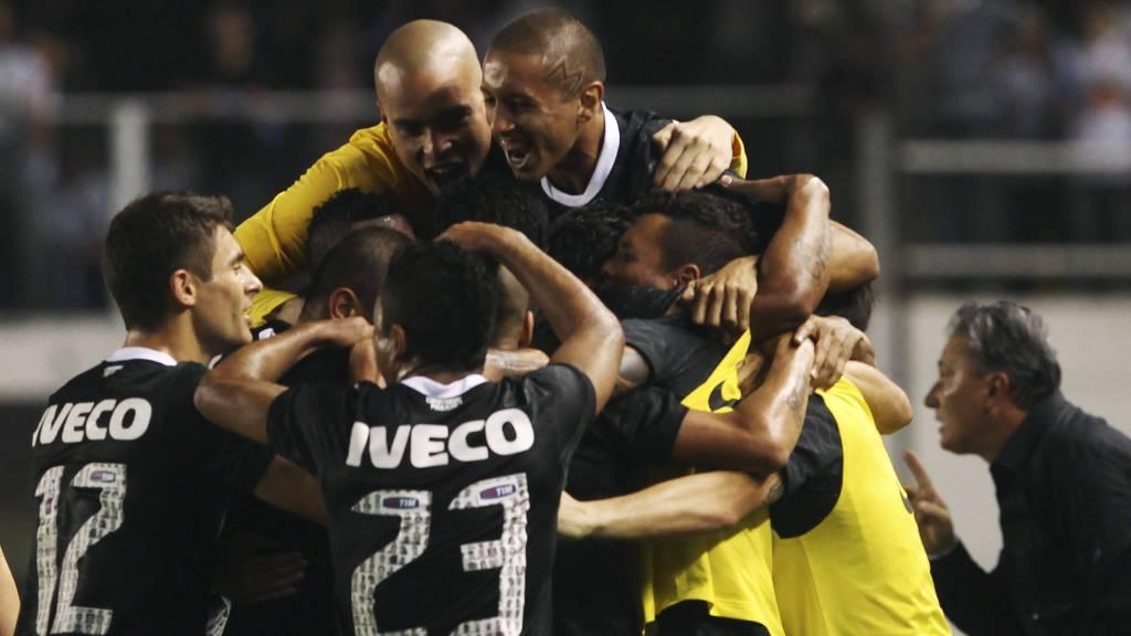 TIL FINALEN: Corinthians. (Foto: PAULO WHITAKER/Reuters)