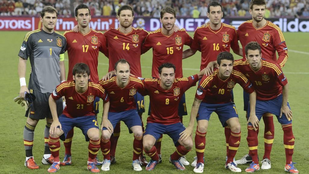 MEST VERDT: Spanias tropp har den største verdien i EM. (Foto: PIERRE-PHILIPPE MARCOU/Afp)