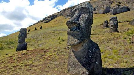 Statuer påskeøya (Foto: Reuters)