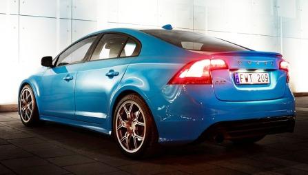 En Volvo som har superbilytelser! Dette er det mange som ventet lenge på. S60 Polestar - du er hjertelig velkommen.
