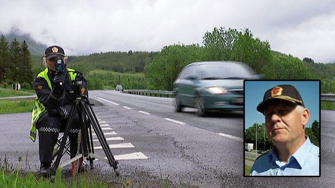 KJØR FORSIKTIG: Fellesferien er høysesong for dødsulykker i trafikken.  (Foto: Nyvoll/Rørholt/TV 2)