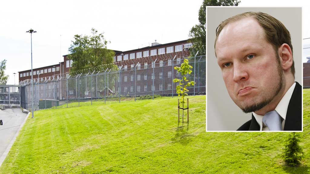 KLAGER: Anders Behring Breivik har klaget på soningsforholdene på Ila fengsel.  (Foto: NTB Scanpix)