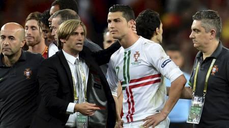 Cristiano Ronaldo etter kampslutt mot   Spania (Foto: FRANCK FIFE/Afp)